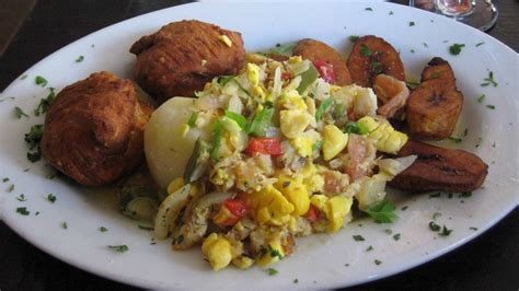 15 National Dishes of the Caribbean - Caribbean & Co.