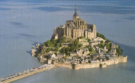 mont michel malo mont michel castle size dimensions info