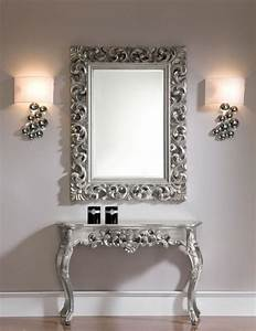ornate console table with an optional mirror in silver or With deco avec miroir mural