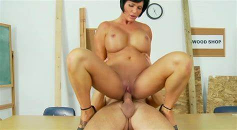 Classy Face Tranny Relishes To Ride This Fine Dick