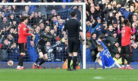 Premier League clarify Everton disallowed goal and penalty ...