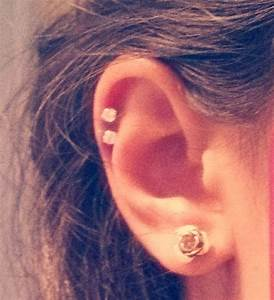 cousins kissed by couture: Double Cartilage Piercing!