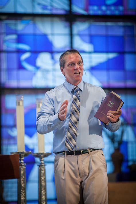 lay catholic gus lloyd takes  evangelization