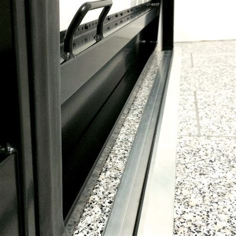 seuil de porte de garage sectionnelle portes de garage basculantes bieber pvc