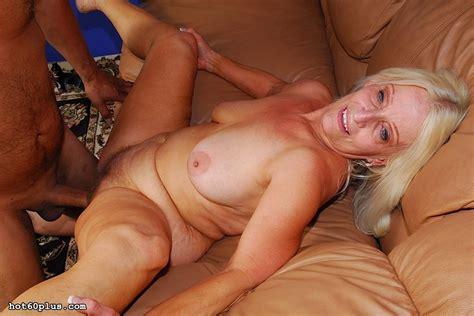 Vicki Vaughn Great Cum Slurping Granny Pichunter