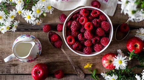 Vasaras ēdienkarte. Sezonālie produkti, ideālās brokastis ...