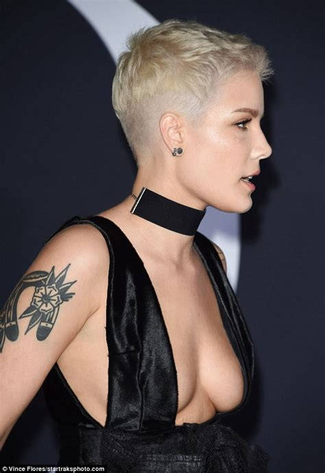 Halsey wears revealing dress after Fifty Shades premiere ...