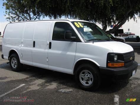 2008 Chevrolet Express 1500 Cargo Van In Summit White