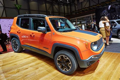 jeep renegade bows  geneva