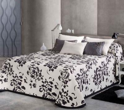 plaids et couvre lits linge de maison
