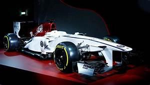 Alfa Romeo F1 : alfa romeo sauber ecco la livrea ufficiale delle monoposto del team ~ Medecine-chirurgie-esthetiques.com Avis de Voitures