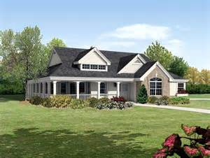 country ranch house plans bungalow cabin cottage country ranch traditional house plan 95810