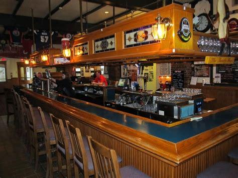 Bar Winnipeg by Burger Club Winnipeg Fox Hounds Tavern 3 9 5