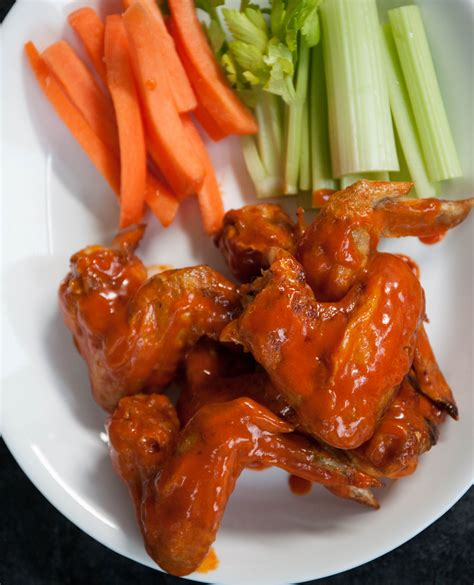 wings air fryer buffalo chicken fried healthy appetizer crispy serve less fat delicious deep traditional really than