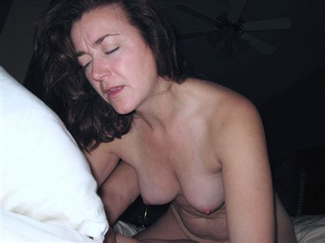 Gordons Private Collection - Amateur mature brunette wife ...
