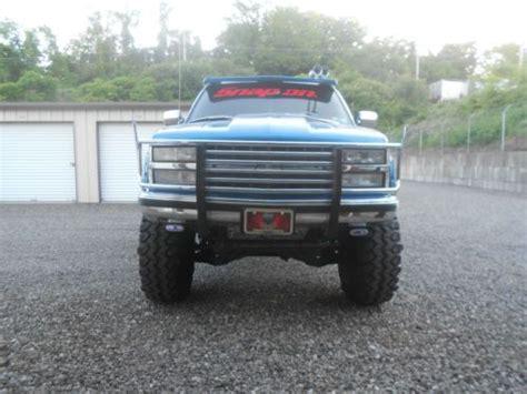 buy   chevrolet silverado custom pickup truck