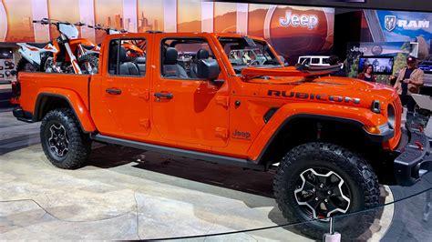 jeep gladiator pickup truck youtube