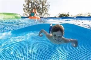 Piscine Intex Hors Sol : une piscine hors sol intex pour profiter de votre t ~ Dailycaller-alerts.com Idées de Décoration