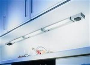Küchen Unterbauleuchte Mit Steckdose : k chen unterbauleuchten mit steckdose der leuchtenexperte ~ Markanthonyermac.com Haus und Dekorationen