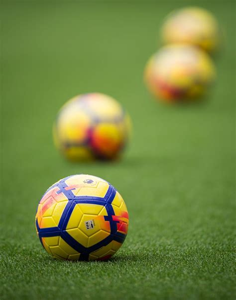 football is my aesthetic | Football artwork, Football ...