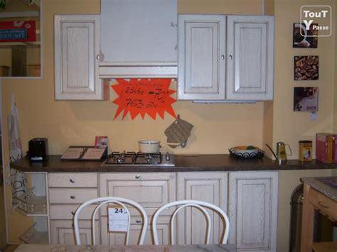 cuisine chasse sur rhone cuisine de qualité modèle d 39 exposition à petit prix chasse sur rhône 38670