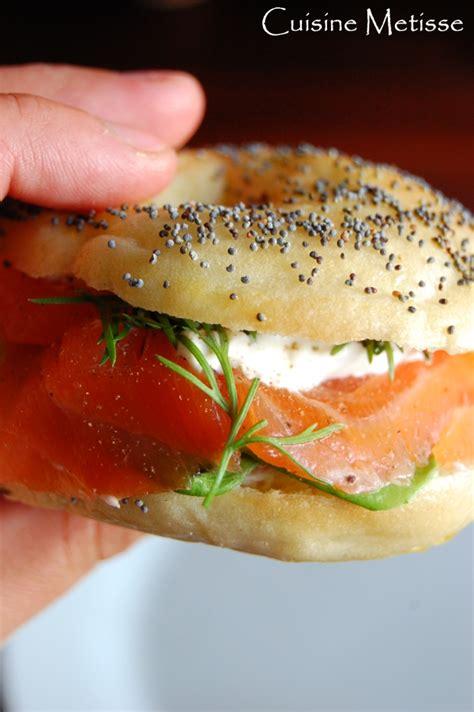 cuisiner un saumon association 4 mini bagels au saumon cuisine metisse