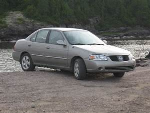 2005 Nissan Sentra - Overview