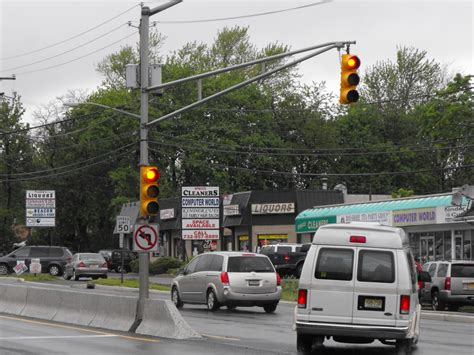 Light Cameras Nj by Middletown Mulling Traffic Cams Bank Green