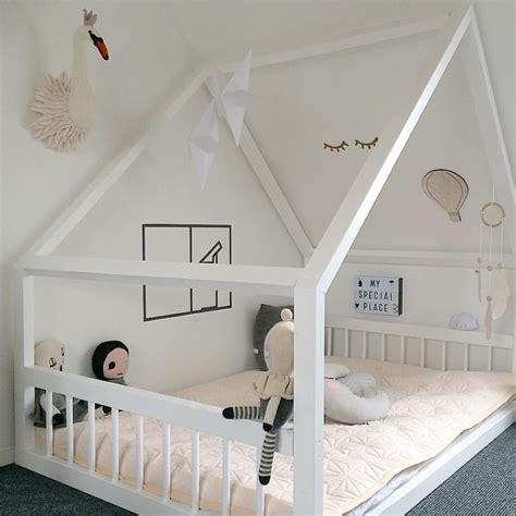 Ideen Für Schräge Wände by Betten F 252 R Schr 228 Ge W 228 Nde Beste Niedriges Bett