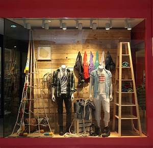 Izod window display » Retail Design Blog