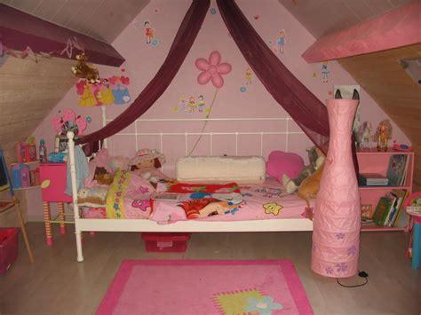 deco chambre fille princesse chambre de princesse photo 1 2 pas hesiter a repeindre