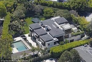 Celebrity News: Matt Damon's Pacific Palisades Mansion