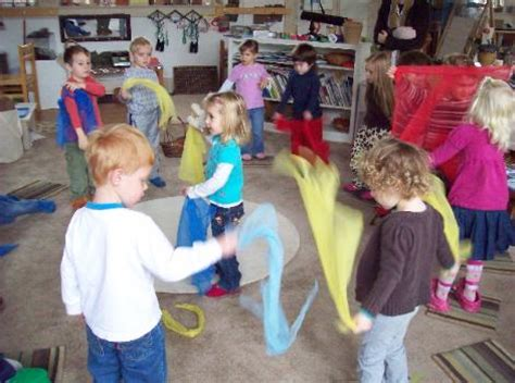 musikgarten classes in chapel hill nc classes for babies 857 | scarf dance 471x350