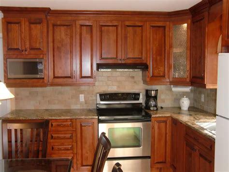 restauration armoires de cuisine en bois cuisine bois merisier wraste com