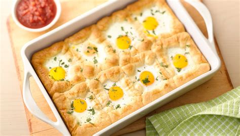 recipes for egg bake dishes easy egg dishes for a big group from pillsbury com