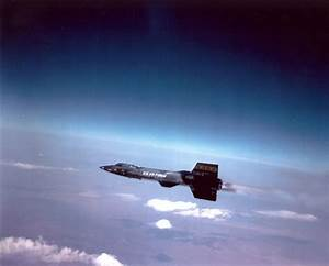 Suborbital Spaceflight and Decompression Risk