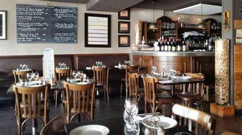 cuisine ambiance bistrot restaurant le bistro quai à laurent du var 06700 avis menu et prix