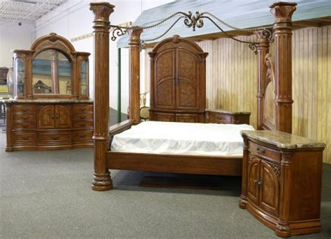 12 Aico Monte Carlo Pecan Finish King Bedroom Set  Lot 12