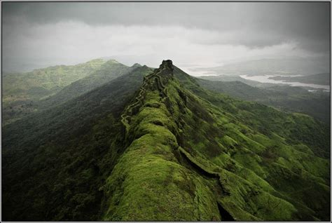 rajgad fort pune resort cool places  visit