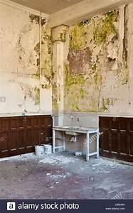 Wand Feuchtigkeit Messen : damp stockfotos damp bilder alamy ~ Lizthompson.info Haus und Dekorationen