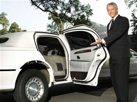 Limo Driver by Limousine Driver Tipping Culture Majestic Limos