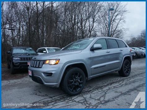 jeep altitude 2017 2017 jeep grand cherokee altitude 4x4 altitude 4dr suv for