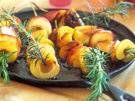 brochettes p 234 che recette facile dessert fruit gourmand