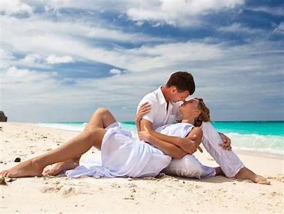 Romantic Beach Couple Kiss Romance Sea Summer