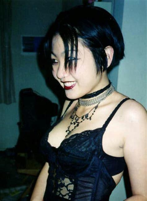 goth girl   goth hair fringe hairstyles