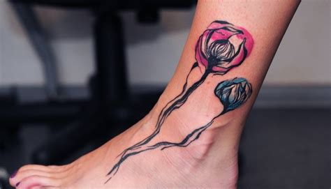 Blumen Tattoo Fu Vorlagen. Bein Tattoo Orchideen. Pfoten
