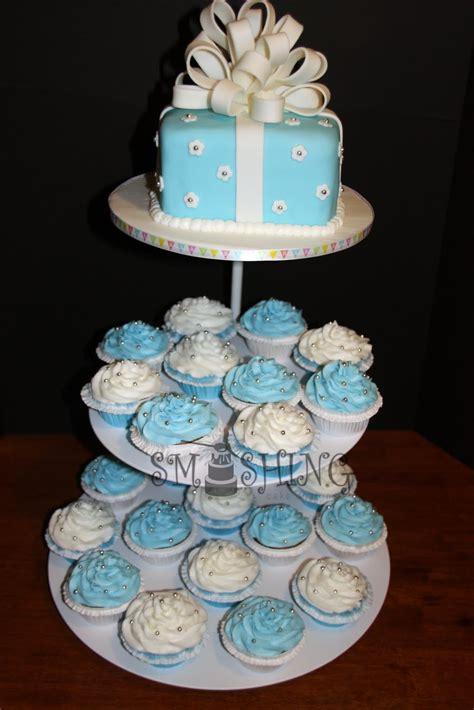 smashing cake designs blue  white baby shower cupcake