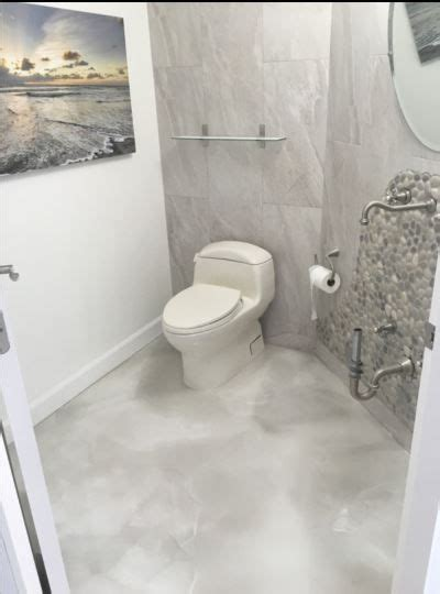 Epoxy Bathroom Floor by 25 Best Ideas About Epoxy Countertop On Clear