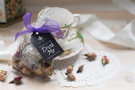 wedding favour tea balls silver lantern tea