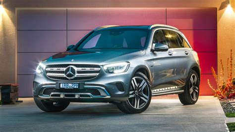 The smartphone app can record your journey, analyse your everyday mobility behaviour and compare it with numerous parameters of electric and. Mercedes-Benz GLC 300e review: Plug-in hybrid is clever and fuel efficient